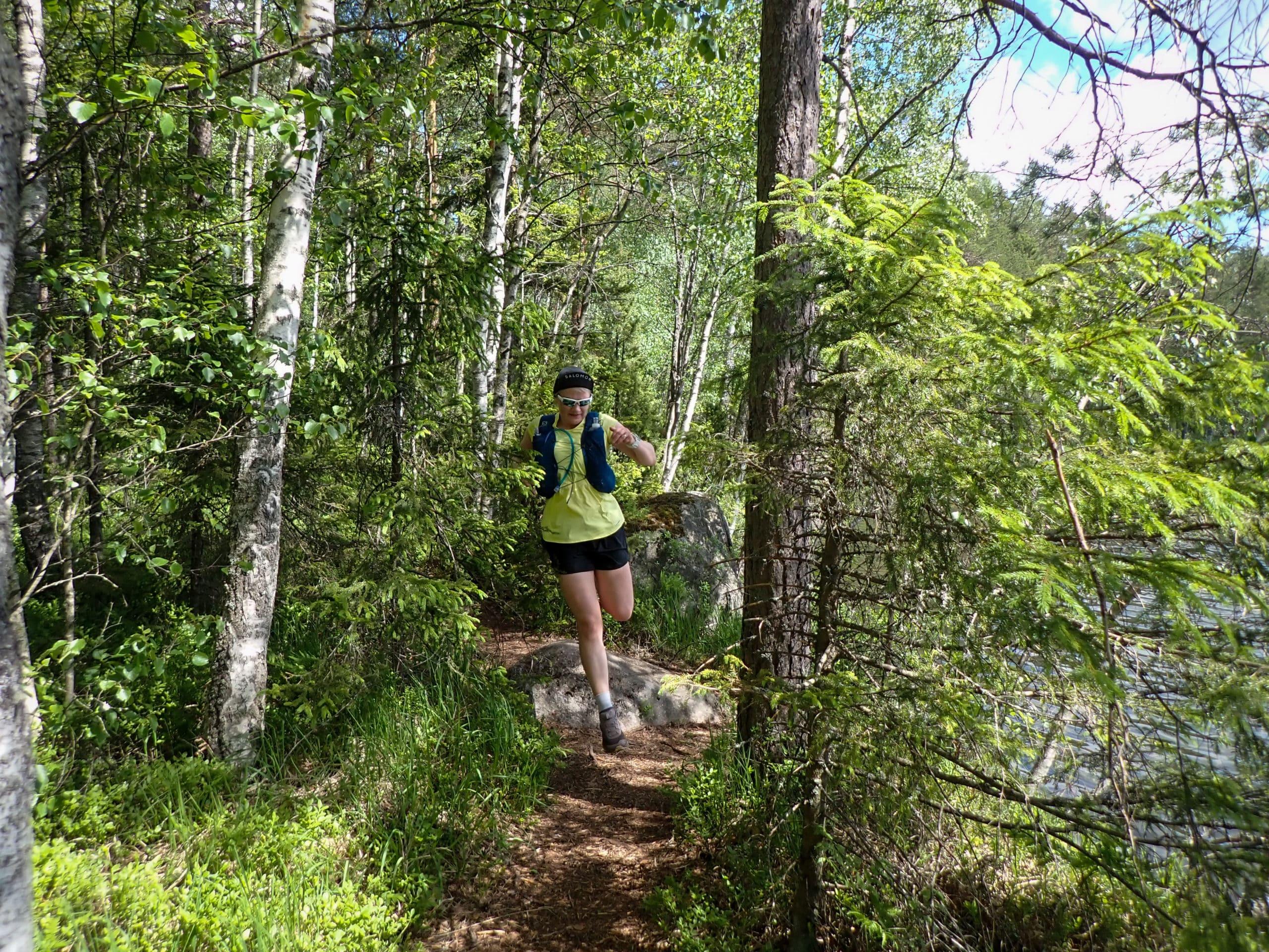 Polkujuoksureitit ja polkujuoksuvarusteet juoksublogin aiheena